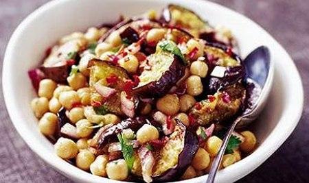 cizrnovolilkovy salat