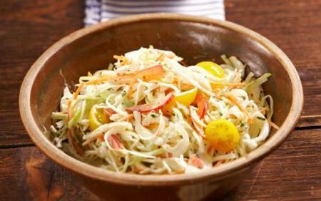 Šťavnatý zelný salát