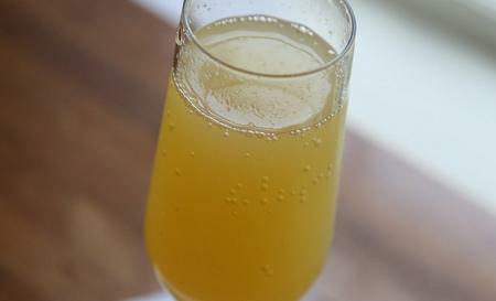 koktejl mimosa