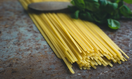 foodiesfeed.com-pasta