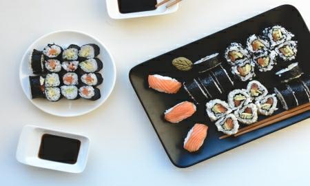 foodiesfeed.com_domaci sushi