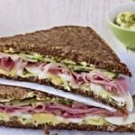 celozrnny sendvic