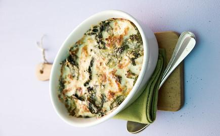 lasagne-s-orechovou-omackou-a-spenatem
